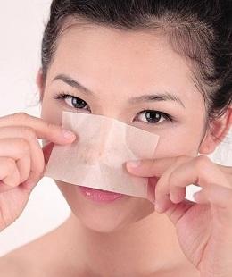 脸上油脂分泌多的原因分析与应对方法