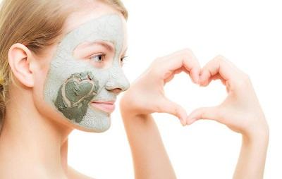 品牌护肤套装 VS 不同品牌护肤品混用